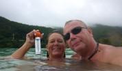 27 grader i vattnet och mulet men vi är glada ändå,,,