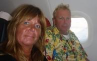 nu är vi snart hemma... gubben i hawaii skjorta ser lite mosig ut, eller...