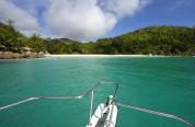 sett från snorkelbåten, Anse Georgette...