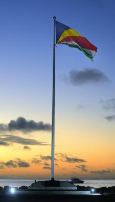Seychelliska flaggan...