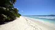 Anse Gaulettes heter stranden...