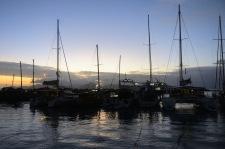 en kvällspromenad nere vid hamnen...