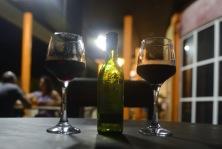 ikväll slår vi på stora trumman, delar på en flaska vin...