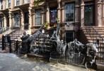 Halloween närmar sig i Harlem...