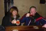första ölen i Prag, 24 kronor för två öl...