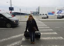 Carina får alltid dra väskorna på hemvägen... jag borde nog gå någon feministkurs i Stockholm...
