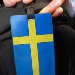 kanske inte behövs när vi reser inom EU men flaggan hänger med på nosens handbagage...