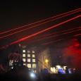 röda laserstrålar...