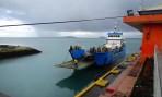 nu kommer fraktbåten som skall ta oss till Savai'i...