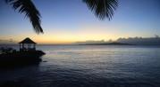 solnedgång bakom lusthuset...