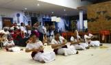 Samoanerna älskar att sjunga och dansa...