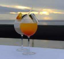 fina färg glada cocktails...