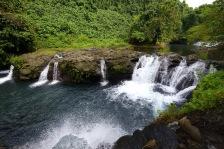 vattenfallet fördelar sig på mindre rännilar...
