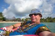 kungen i Savai'i lagoon flyter runt i sin löjliga donats...