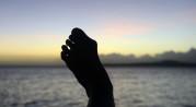 i snart 60 år har dessa fötter bärt mig genom livets vedermödor, varför operera sig...