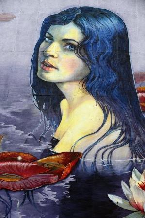 kvinnlig väggmålning...