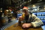 alla som drack öl fick en tomteluva...