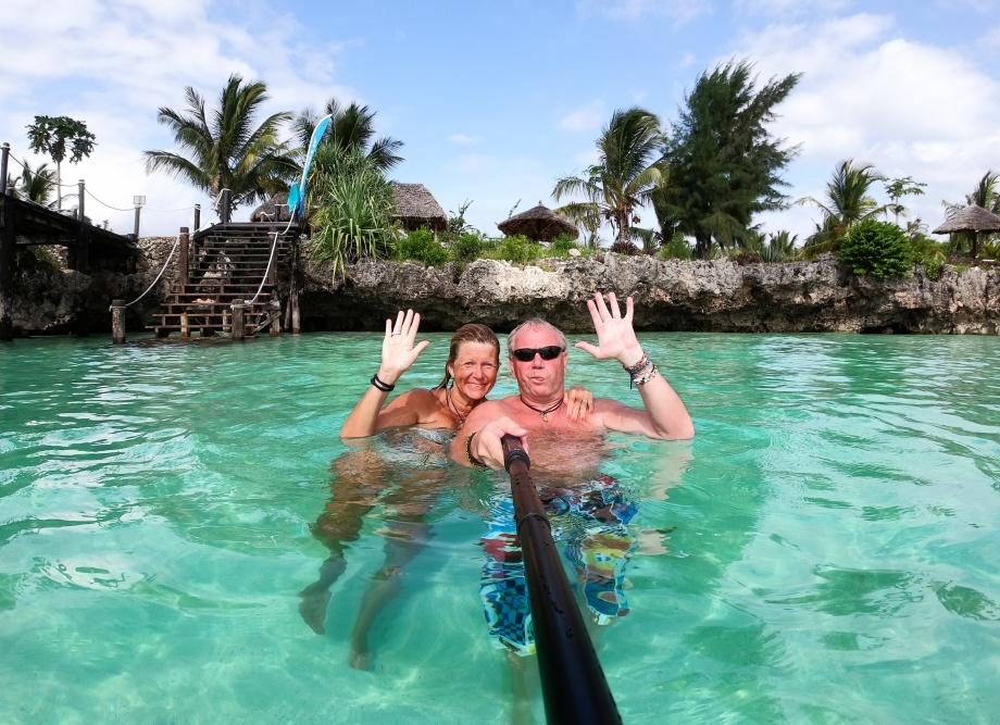 sista badet i havet, hejdå Zanzibar, nu skall vi åka hem...