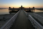 Kallbadhuset i solnedgång...