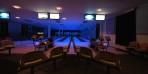 bowlingen ligger öde även på kvällen...