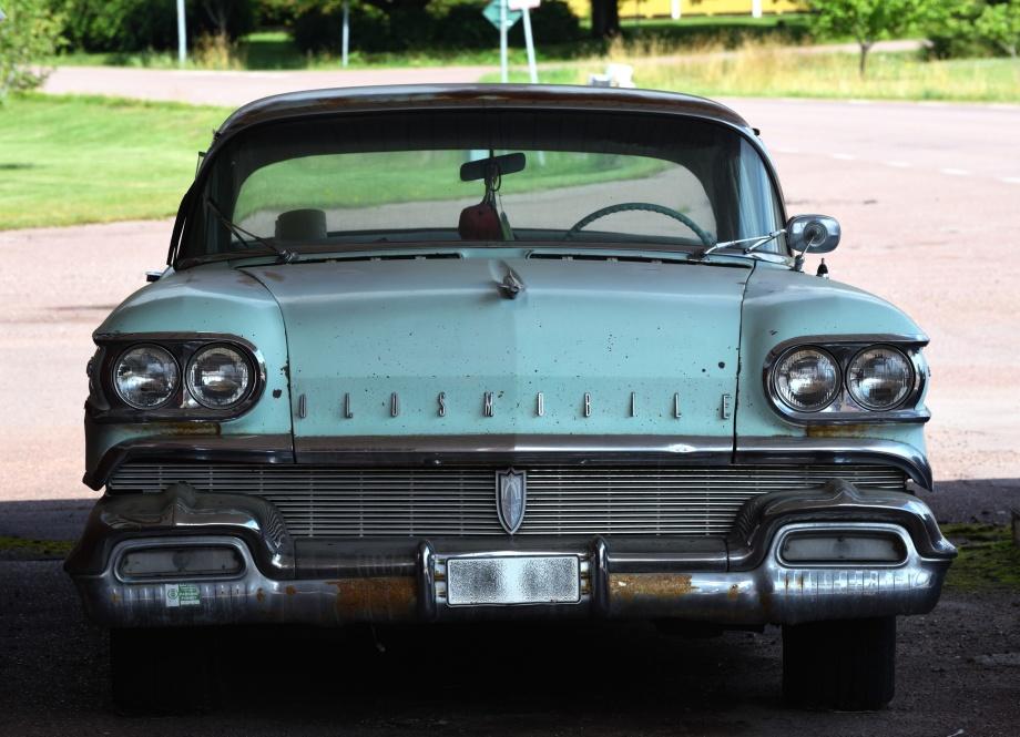 Oldsmobil Super 88 1958...