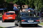 Mercedes-Benz 220 SEB C 1964 bakom Chevrolete Camaro Coupe GMX 521 2011