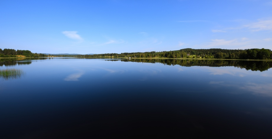 en av många vackra sjöar i Dalarna...