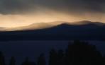 fint ljus över bergen...