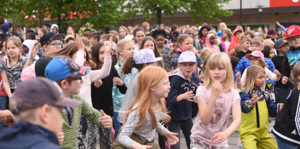 Dansmanifestation i Hallstahammar