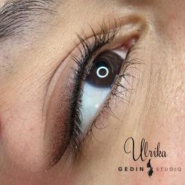 Eyeliner (med vinge/ utskuggad)