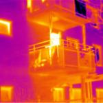 Byggtermogfarening utsida fasad