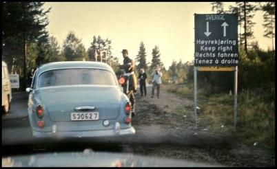 Riksgränsen när Sverige gick över till högertratik  - 3 september 1967.