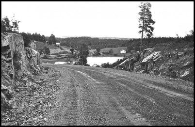 """Bygget av """" nya """" landsvägen Hån - Öbyn - Töcksfors."""