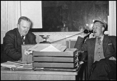 Bilförsäljarna Herbert och Sune Sahlin.
