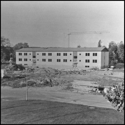 Byggnation av nytt flerbostadshus (Bögatan 2) i Töcksfors centrum.