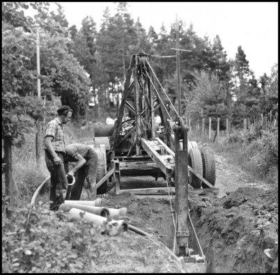 Det grävdes även förr i tiden, med grävmaskin modell äldre.