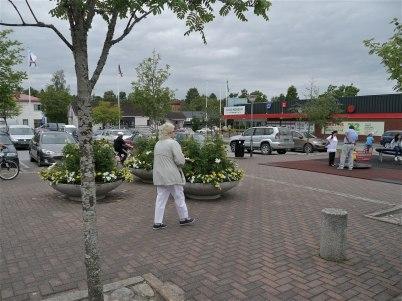 6 juli 2012 - Töcksfors torg med nya Konsumbutiken