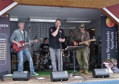 6 juli 2012 - Däven Dötte, coverband från Örje