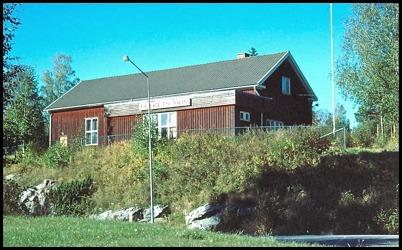 Töcksfors Folkets Hus intill E18 i Östra Bön.