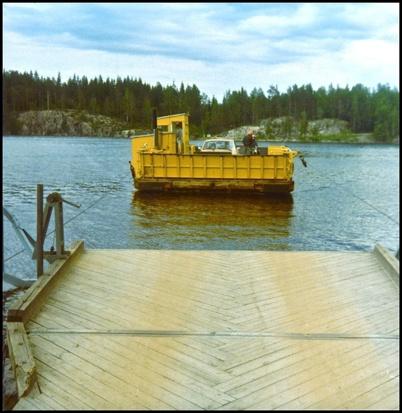 Färjan över Sundet i Fågelvik innan bron byggdes.