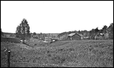 Utsikt från Skärmon mot Smegårn och Brukshandeln - 1930- 1940-talet.
