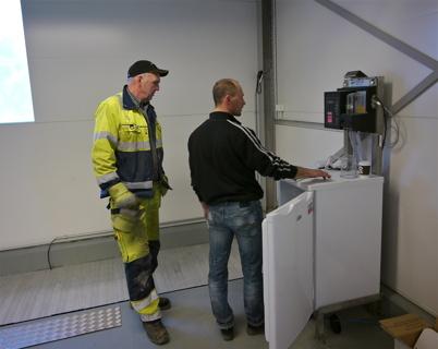 Station för automatisk provtagning av vattnet.