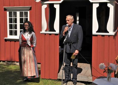 Marianne Rundin och Olle Olsson från Karlanda Hembygdsförening.