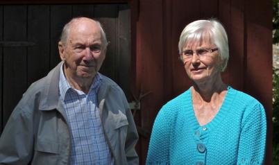 Evert Eriksson och Anita Erlandsson samtalar.