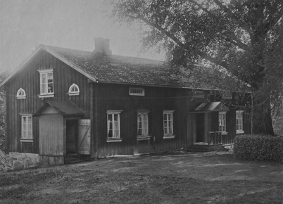 Första handelslägenheten i herrgårdens flygelbyggnad - 1847.