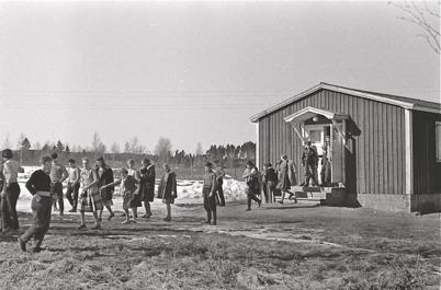 71. Hemvärnsgården fungerade även som skolmatsal på 1950- och 1960-talet. Foto : Bertil Danielsson / Årjängs kommuns bildbank