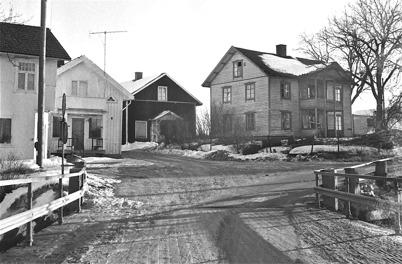 74. Korsningen mellan nuvarande Sveavägen och Bögatan på 1960-talet. Foto : Hugo Hassel