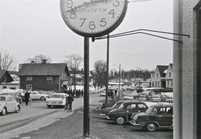 80. Skärtorsdag med många norska besökare i Töcksfors i slutet av 1960-talet. Foto : Maj Eriksson