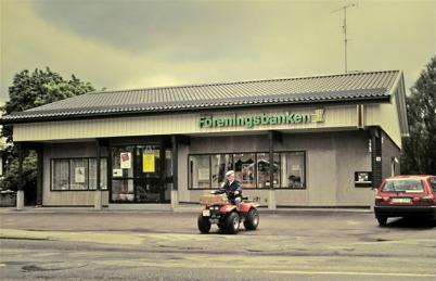 93. Föreningsbanken i nya bankhuset vid Sveavägen. Foto : Bengt Erlandsson