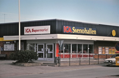 100. ICA Svenohallen med nya entrén 1984. Foto : Bengt Erlandsson